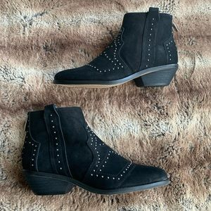Vince Camuto Tamera Studded Ankle Booties Black